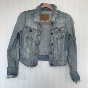 { Hollister } Distressed vintage crop jean jacket
